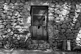 Altes Haus im Süden | Klassisches Barytpapier für Ihr schwarz-weiß Foto in Museumsqualität