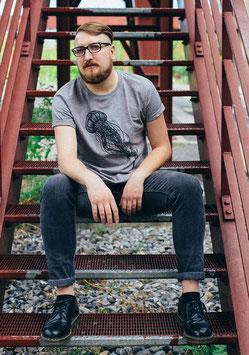 """.Männer & Unisex T-Shirt """"Quallon""""."""