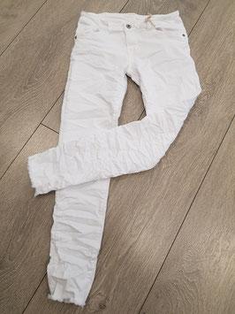 **NEU** Jeanshose mit Fransen, knöchellang, weiß, in verschiedenen Größen: S, M, L, XL
