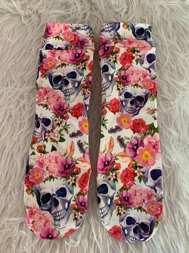 Socken Skulls and Wild Flowers