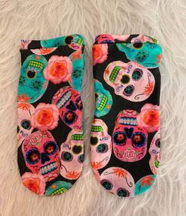 Sneakers Socken Funky Skulls