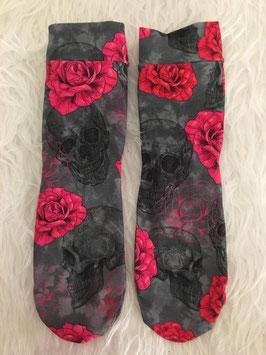 Socken Skulls and Roses
