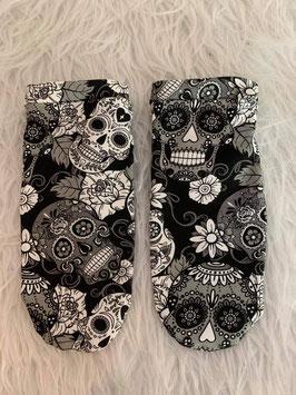 Sneakers Socken Love Skulls Black