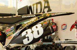 Numberplates Geico Honda Camo Limited Edition mit eurer eigenen Startnummer