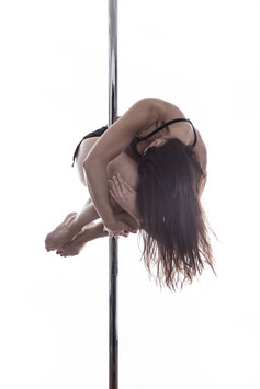 Spinning Pole (intermediate)