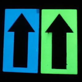 Pfeile Schilder die leuchten