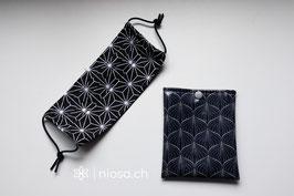 Maskentäschli - Dunkelblau japanisches Muster weiss mit Silberdruckknopf