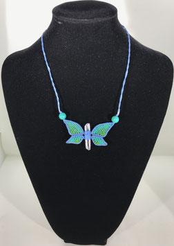 Macramé papillon vert et bleu