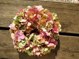 Kranz mit Hortensien (Kunstblüten)