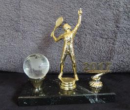 AWARD mit Kristallkugel & Jahreszahl, verschiedene Motive.