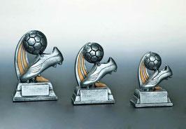 Figur Fußball mit Schuh