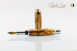 »Aurin« Olive Füller XG mit Bock Tintenleitsystem - verkauft -