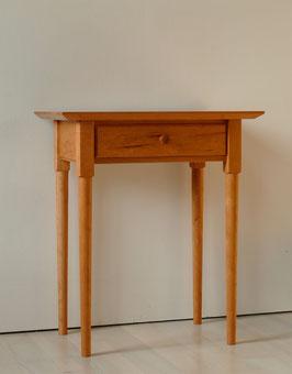 Tisch aus Kirschbaum
