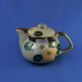 "Kutani Teapot ""Tsubaki Camellia"" gold & silver, 360 ml"