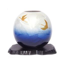 "☆Kutani vase ""Ginsai Blue Crane""  H. 16,5 cm"
