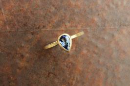 750er Goldring mit Tansanit Tropfenform