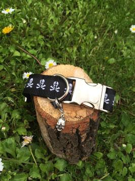 "Hundehalsband ""Totenkopf"" letzter Artikel"