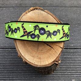 """Hundehalsband """"Halloween Hexen grün"""""""