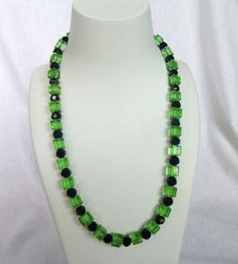 Kette grün/schwarz