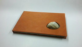 """Livre d artiste """"La porte cochère """", texte de l'écrivain  Emmanuel Merle"""
