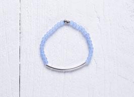 Tube Armband mit blauen Glasperlen