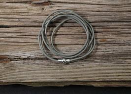 Graues Leder Wickelarmband mit Magnetverschluss