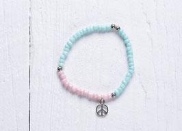 Pastellfarbenes Perlenramband im Hippie Style