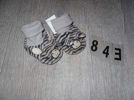 843 Haussocken Zebra von H&M Gr. 13/15