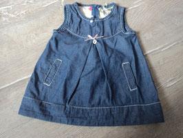 3206 Mega schönes Sommerkleid aus dünnem Jeansstoff und Taschen , mit Schleife und G Anhänger mit Steinchen von BABY GULLIVER Gr. 74