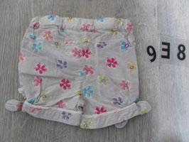 938 Mega tolle kurze beige Hose mit Blumen von NOUKIES Gr. 80