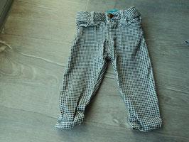 V-121 Jeans in schwarz/weiß karriert -enger stellbar- von ZARA Gr. 80