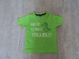 2282 Shirt grün mit Krokodil Here comes trouble von DOPODOPO Gr. 74