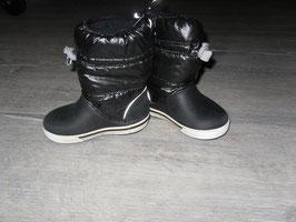 866 Winterstiefel Crocs schwarz Gr. 7