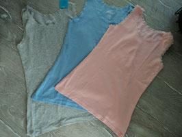 N-36 3'er Set Shirts rosa,grau,hellblau und alle am Hals und Arme  mit Spitze Gr. 152