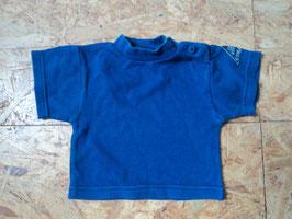 AL-94 Shirt in blau Uni mit Aplli am Arm von OSKARS Gr. 62