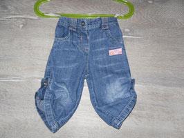 774 Jeans Beine zum hochknöpfen Gr. 68