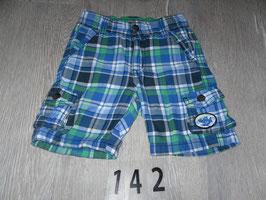 142 Shorts karriert Hai Gr. 80