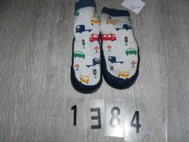 1384 Winterhausschuhe/ SockenAutos von H&M  Gr. 20/21