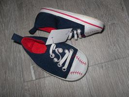 848 Coole Schuhe im Chuck's  Style Gr. 19