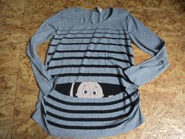 AL-63 LA Umstandsshirt in grau/schwarz mit Baby vorne drauf von SCHÖN SCHWANGER Gr. 46