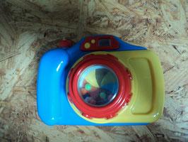 AL-177 Camera - wenn man den oberen Knopf drückt bewegt sich die Scheibe und Perlen von HAPPY PEOPLE