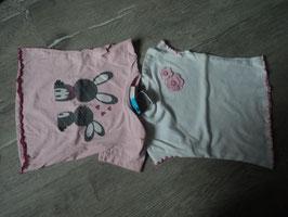 3029 Set Shirts weiß mit Blumen und rosa mit Hasen von TOPOLINO Gr. 74/80