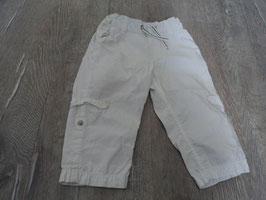 2541 Leichte Sommerhose weiß hochknöpfbar von H&M Gr. 86
