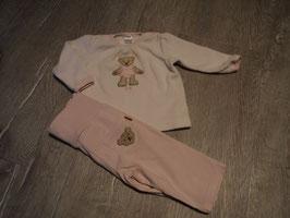 1920 LA Pulli aus Nickie mit Steiffbärchen vorne mit passender rosa Hose mit Hintertaschen von STEIFF Gr. 62