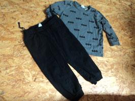 V-70 Set Batman LA Shirt in grau mit Fledermäuse und passende Hose in schwarz von H&M Gr. 74