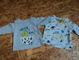 SV-32 Set LA Shirts weiß mit bunten Dinos-grau mit Dinobaby und Ei Gr. 56