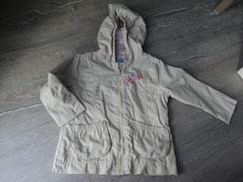 V-3 Leichte Jacke in beige mit Schmetterlinge Gr. 86/92