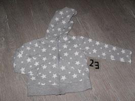 23 Kapuzensweatjacke grau mit weißen Sternen Gr. 98