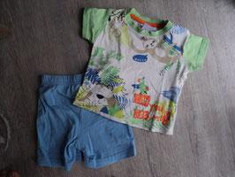 M-167 Schlafi Sommer Shirt mit Faultiere-Bär-Papagei-Affe, hellblaue Shorts Gr. 74