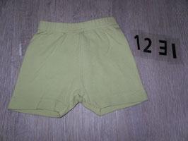 1231 Kurze gelb/grüne Shorts Gr. 74